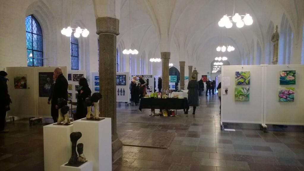 Helligåndshuset med søjlehal fra 1400-tallet i stueetagen brug her idag til en kunstudstilling. Foto den 24 marts 2015 af Erik K Abrahamsen