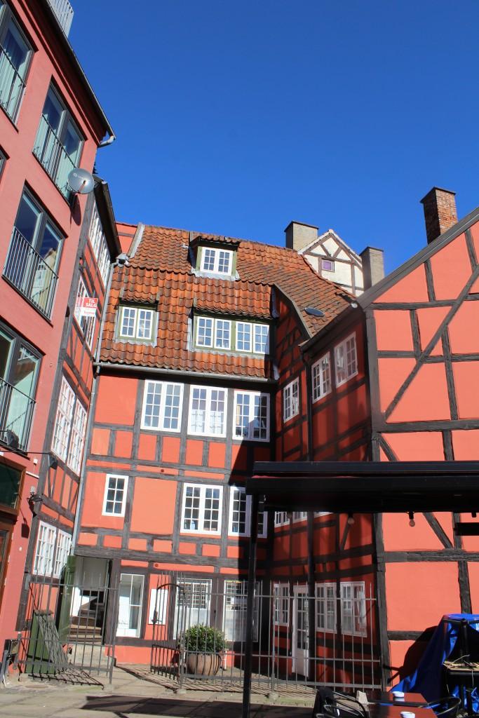Bindingsværkshus opført i 1700-tallet på hjørnet af Grønnegade og Ny Østergede. Foto den 12. marts 2015 af Erik K Abrahamsen