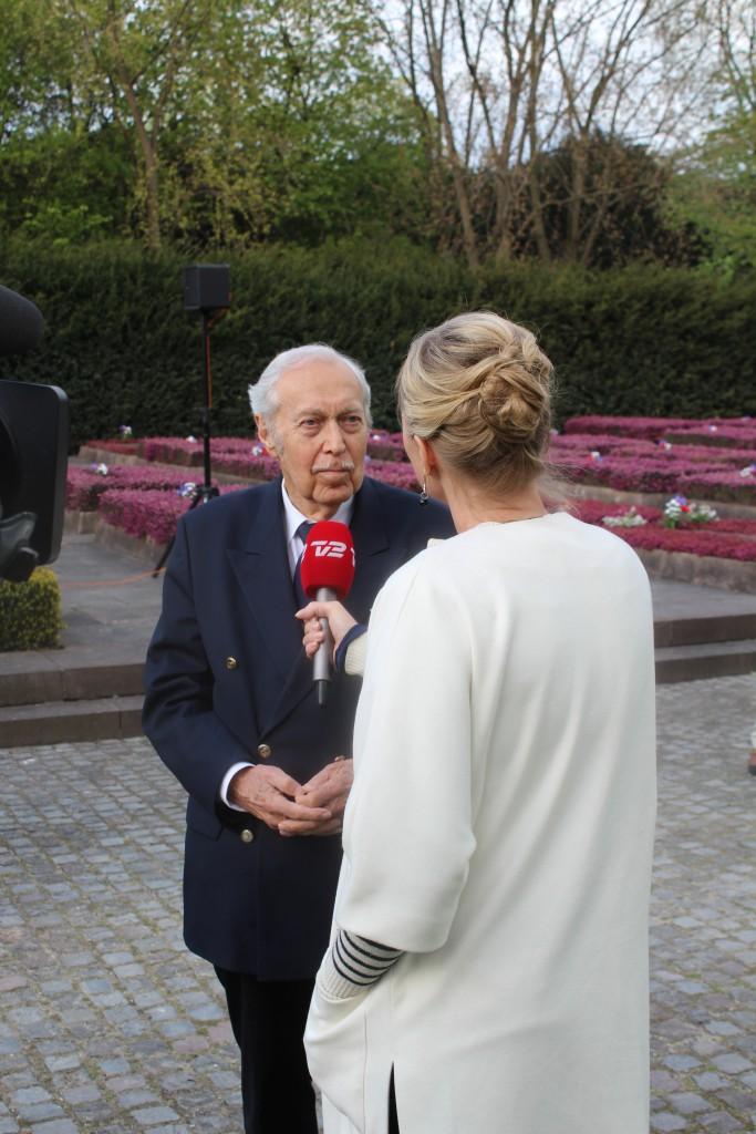 Personligt invitered gæster og frihedskæmpere ankommer til Mindehøjtideligheden for 70 år efter Danmarks befrielse den 4.-5. m aj 1945. Foto den 4. maj 2015 af Erik K Abrahamsen