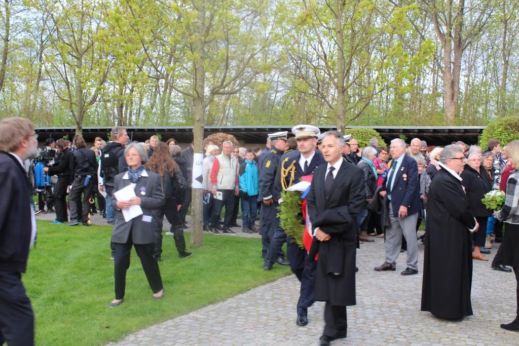 Frankrigs ambassadør i Danmark anommer til Mindehøjtideligheden. Foto den 4. maj 2015 af Erik K Abraha,msen