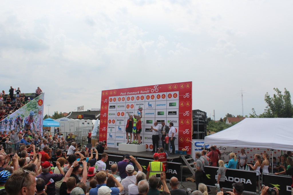 Matte Breschel hyldes som vinder af 4. etape Slagelse- Frederiksværk 115 km i Post danmark Rundt 2015. Foto den 7. august 2015 af Erik K Abrahamsen