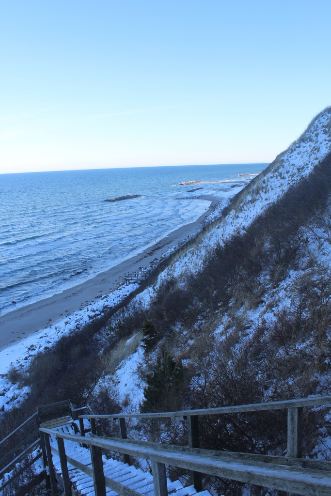 Hylligebjerg Cliff. Stairs down from top t