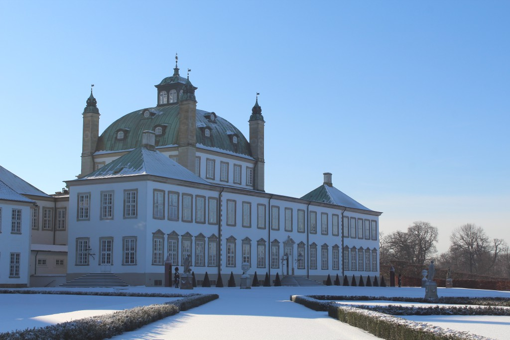 Fredensborg Castle with baroque Garden. Ph