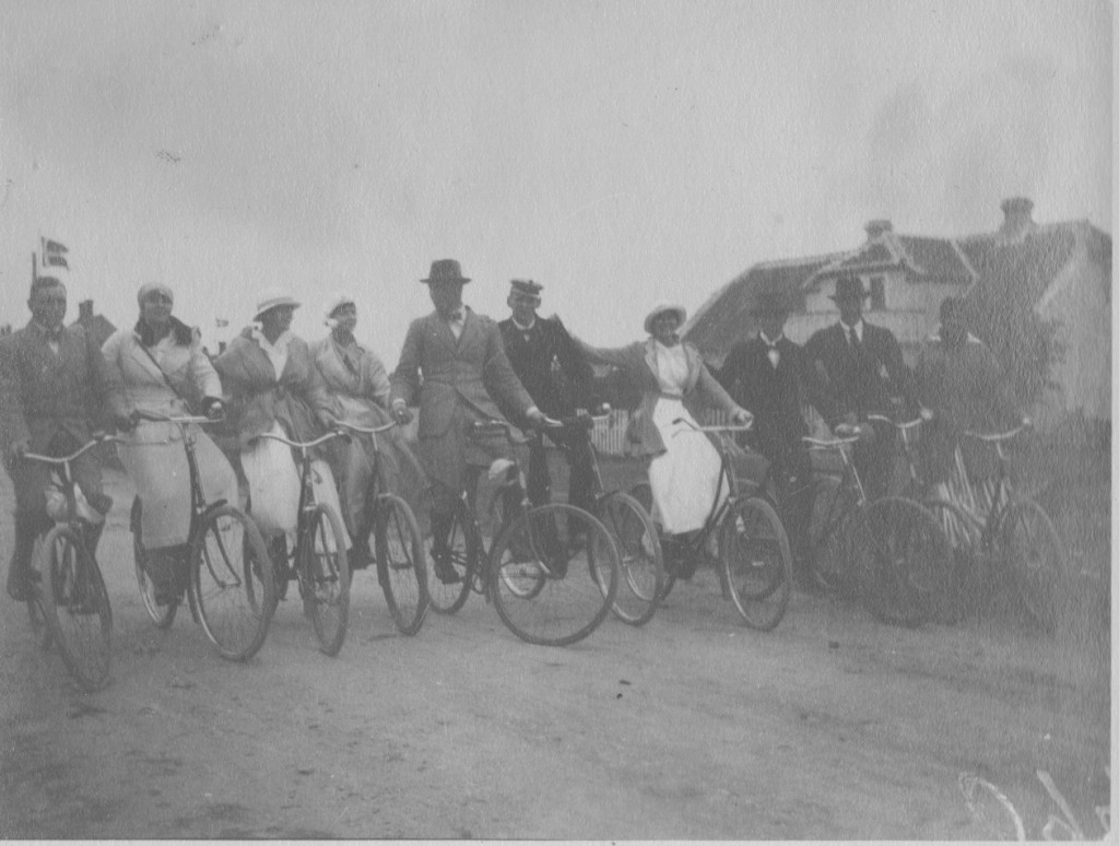 Royal Danish Family on bikes in Skagen, Denmark. Photo by Laurits Tuxen. Photo from Laurits Tuxen private photo album 1902-27. Scanned february 2016.