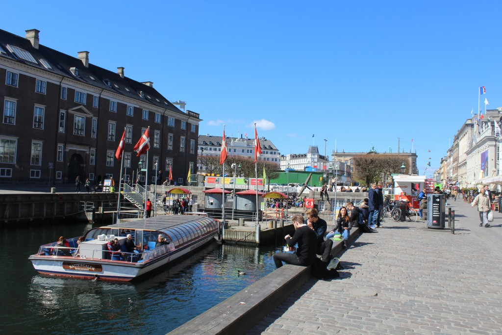NYhavn. An atmosphere of joy and freedom