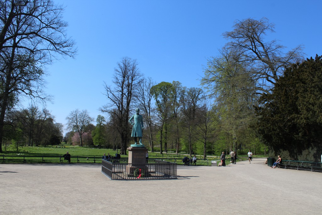 Statue of King Frederik 6 (1808-39) at entrance to Frederiksberg Garden. View in direction
