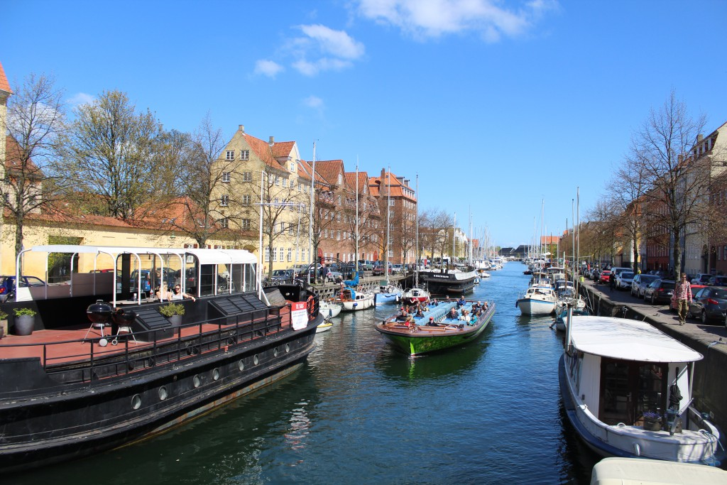 Christianshavn Canal. View in direction east from Sct. Anna Bridge . Photo 4. may 2016 by Erik K Abrahamsen