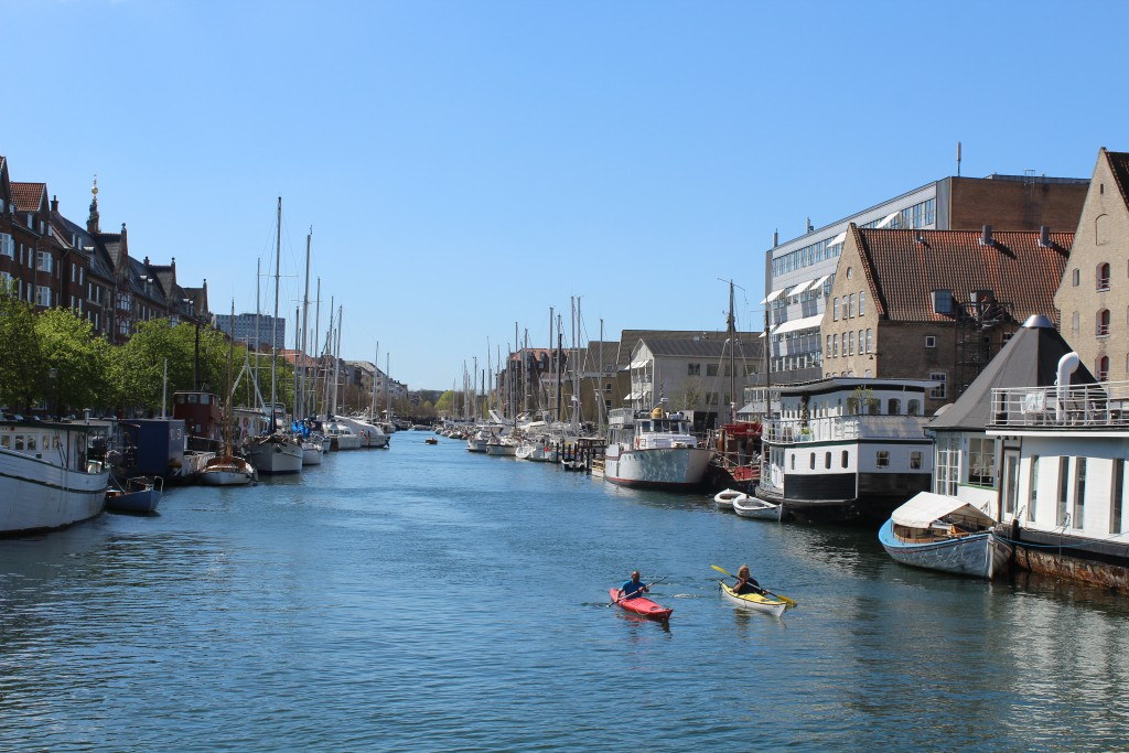 "View from walk- and bike bridge ""Trangravsbren"" in direction west to Christianshavn cana"