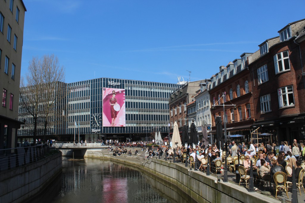 """View in direction """"Vadestet"""" i at Aarhus River in århus City. Photo in direction e"""