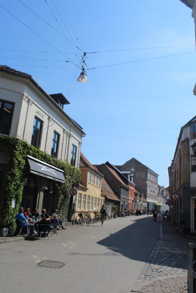 """View in direction east to street """"Graven"""". Photo 7. may 2016 by Erik K Abrahamsen."""