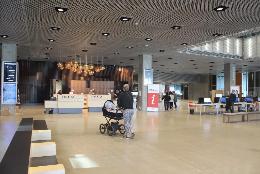 Dokk1. Indoor at first floor. Info and tourist information. Photo 7. may 2016 by Erik K Abrahamsen.