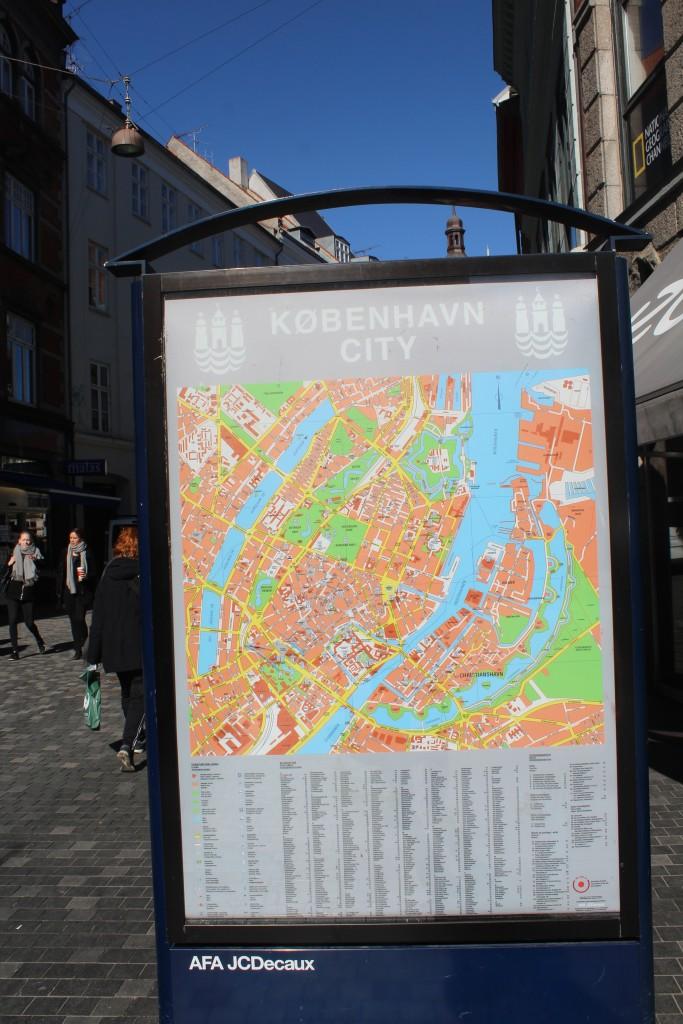 Map of Copenhagen in Købmagergade near Round Tower. Photo 20.
