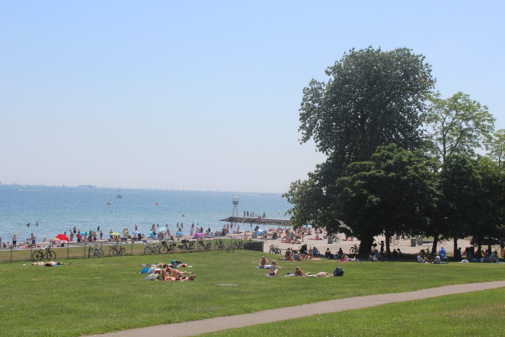 Bellevue Beach complex designed by architect Arne jacobsen and landscape architect C. Th. Sørenseb´n in