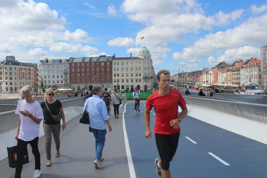"""The new walk- and bike bridge """"Inderhavnsboren"""" is also excellent"""