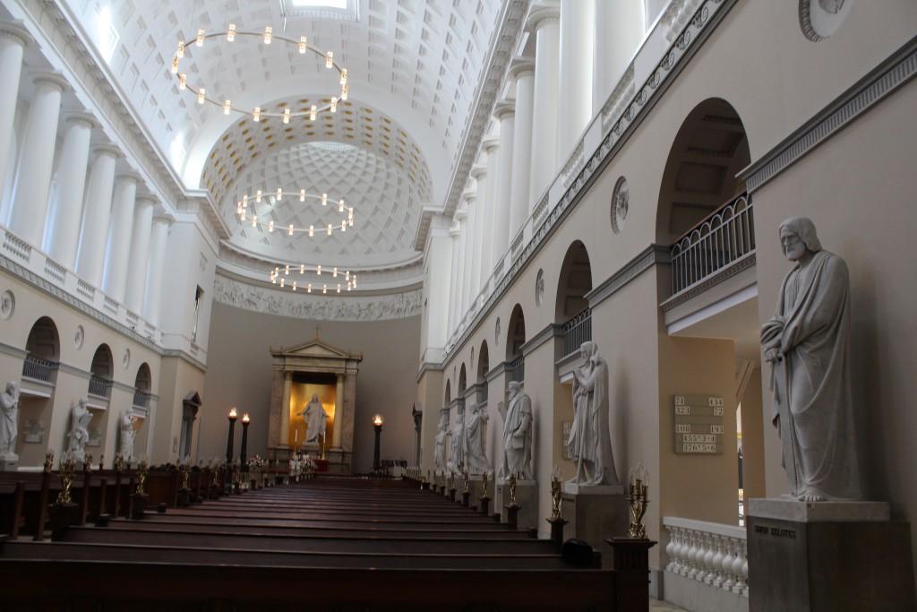 """Domkirken i København """"Vor Frue Kirke"""", built 1811-28 by archetect C.C. Hansen in klassici"""