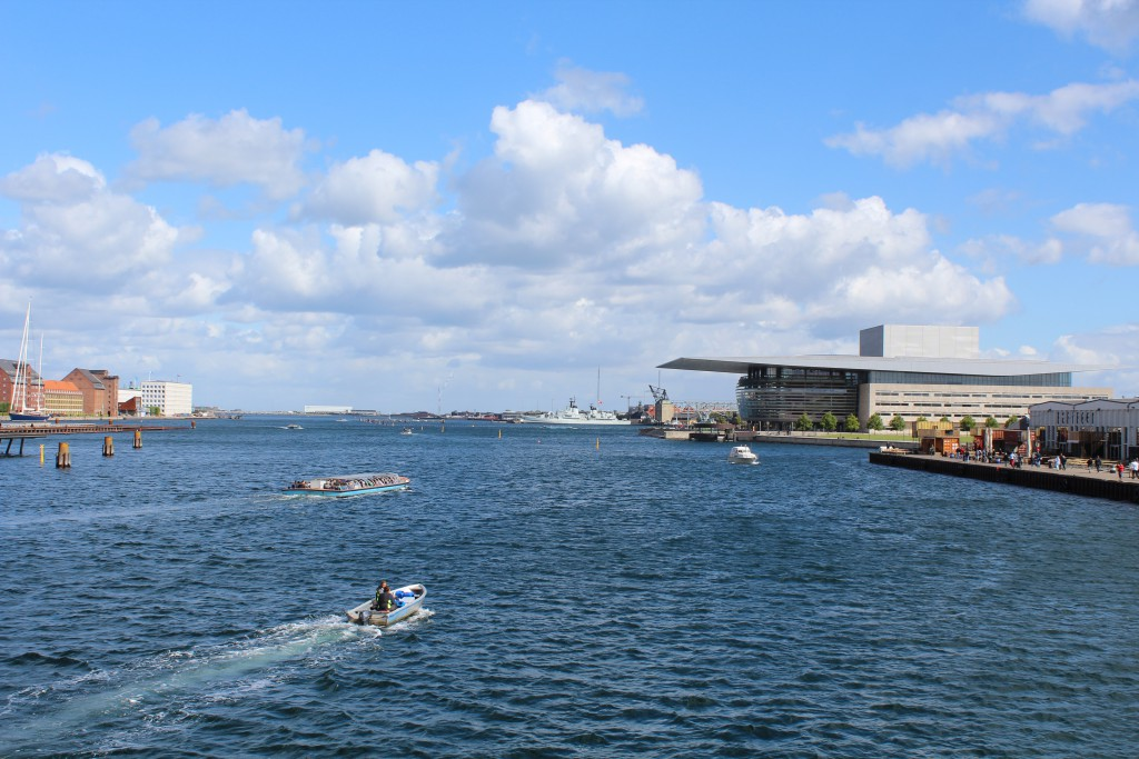 View in direction east to Copenhagen Inner Harbour. Photo 10. august 2016 by Erik K Abrahamsen.