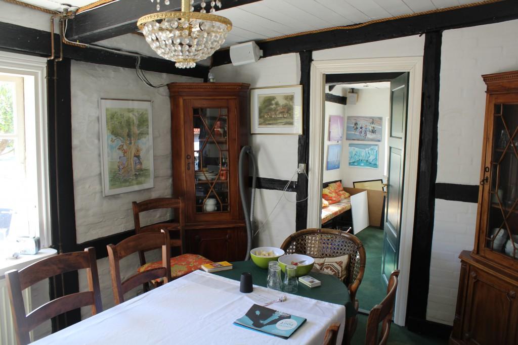 Lodsoldermandsgaarden. Living room in original