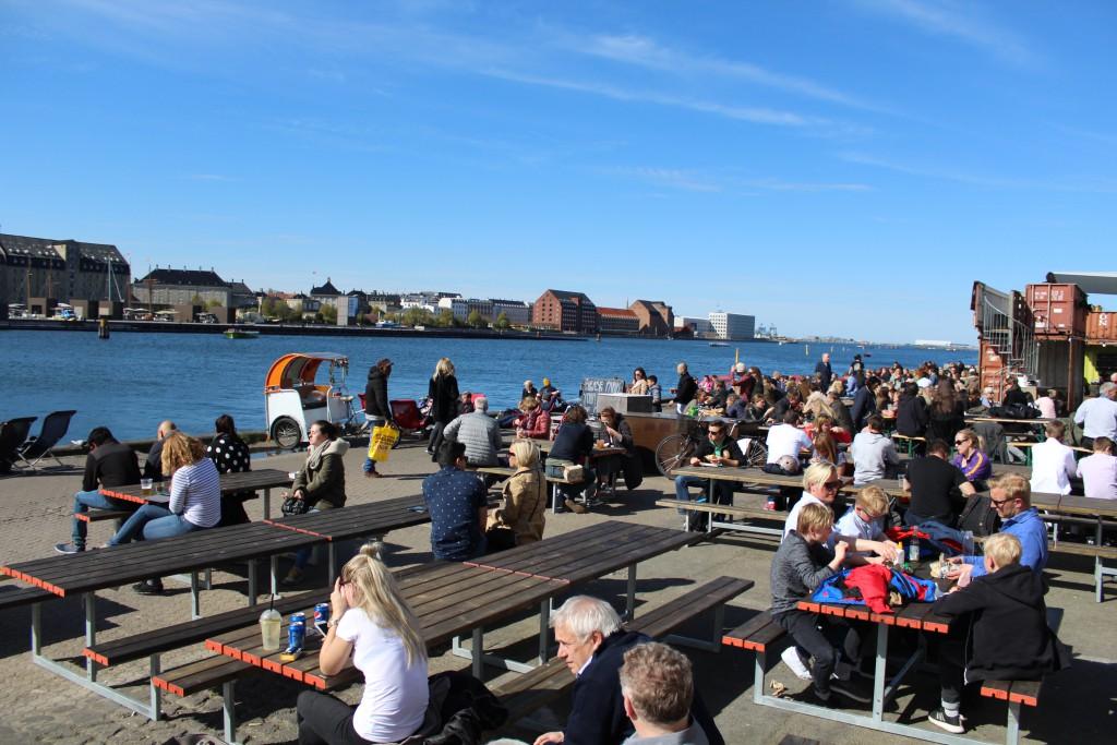 Street food restaurants PAPIR ØEN - outdoor.