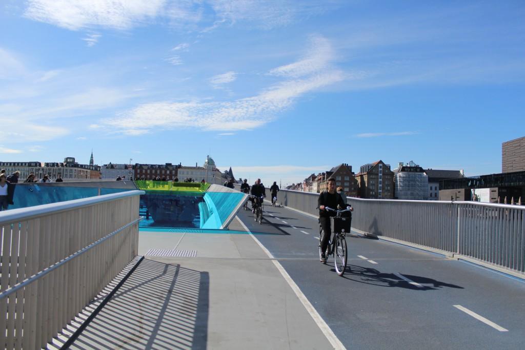 "New walk and bike bridge ""Inderhavnsbroen"". Photo 3. may 2017 by Erik K Abrahamsen."