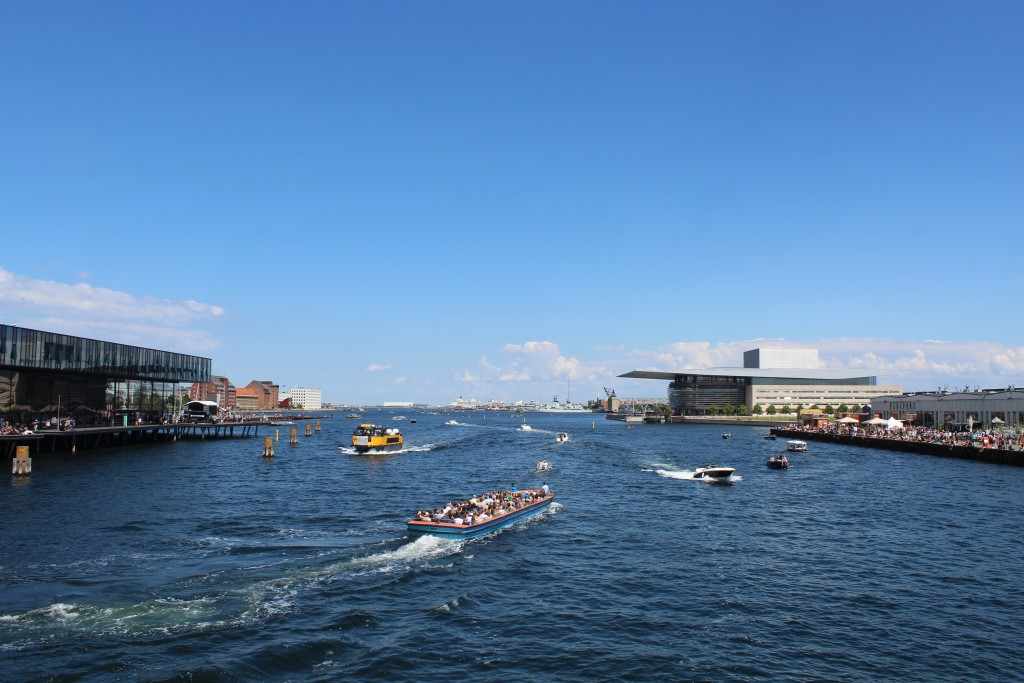 Udsigt mod øst fra Inderhavnsbroen mod Københans Havn