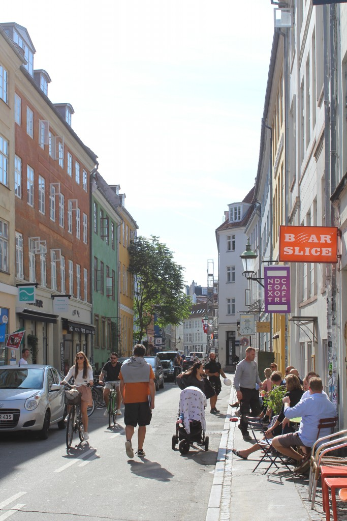 Larsbjørnsstræde in Latin Quarter. Photo in direction south 19. august 2017 by Erik K Abrahamsen.