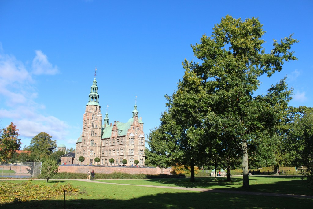 Rosenborg Castle built 2635 by King Christian 4, King of Denmark and Norway 1588-1848. Photo 9. october 2017 by Erik K Abrahamsen.