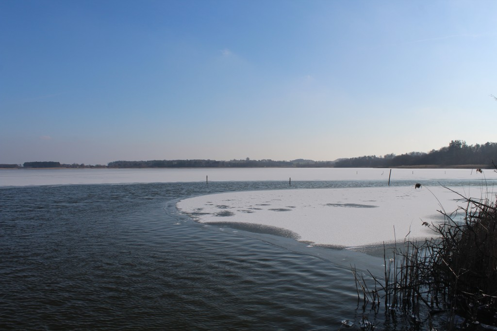 View in direction south to Arrsø lake and Arrenæs Peninsula. Phoot 9. february 2018 by Erik K Abrahamsen.