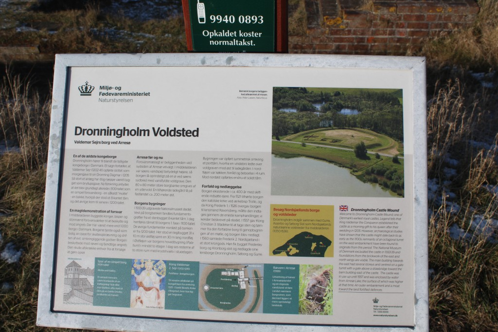 Plate on Dronningholm Castle Mound. Phoot 9. february 2018 by erik K Abrahamsen.