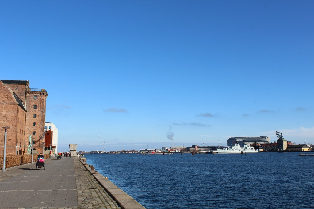 Copenhage Inner Harbour. View to entrance to harbour, former naval Base Holmen 1680-1989 and store house built 1790-1800. Photo 22. february 2018 by erik K Abrahamsen.