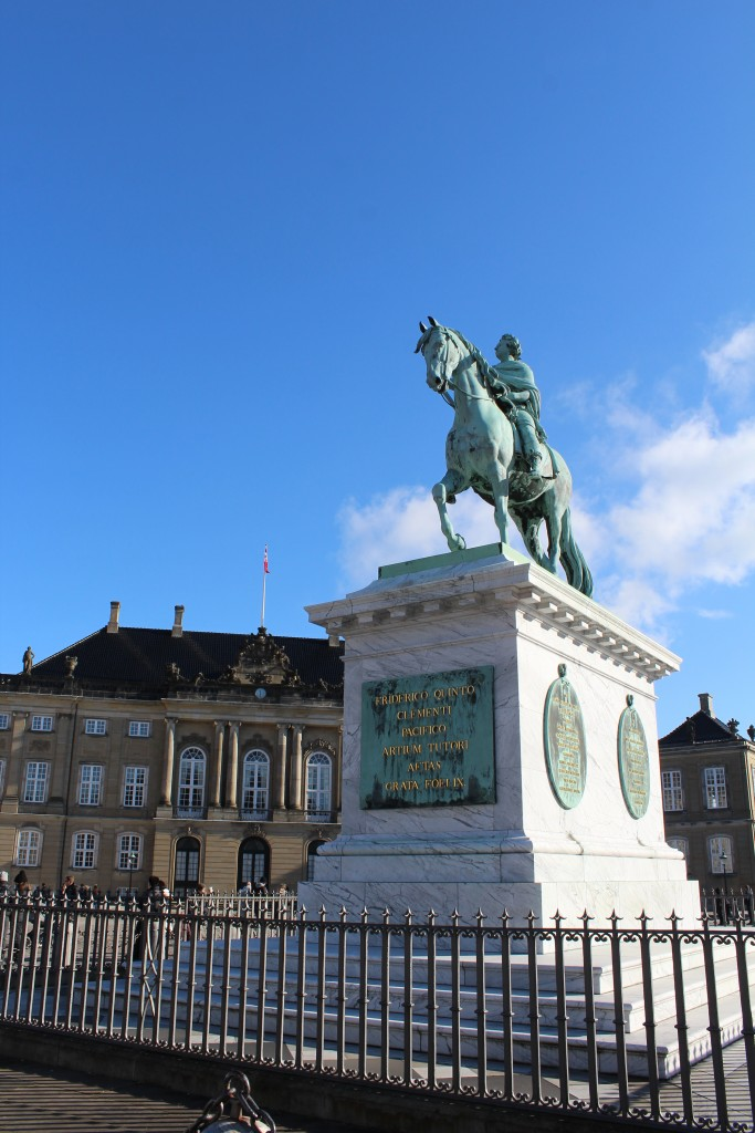 Amalienborg Royal Palaces. View to equasterien state by King Frederik 5 by sculpture Saly 1770. Photo 22. february 2018 by Erik K Abrahamsen.