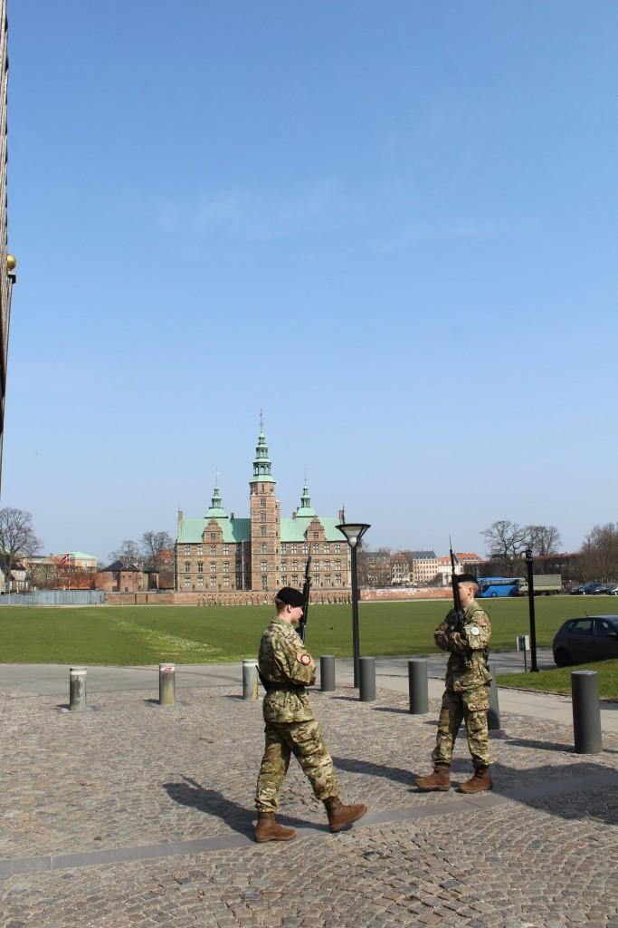 Rosenborg Kaserne. Queens Life Guard Barrack. Livgardens Kaserne. Photo 9. april 2018 by Erik K Abrahamsen.