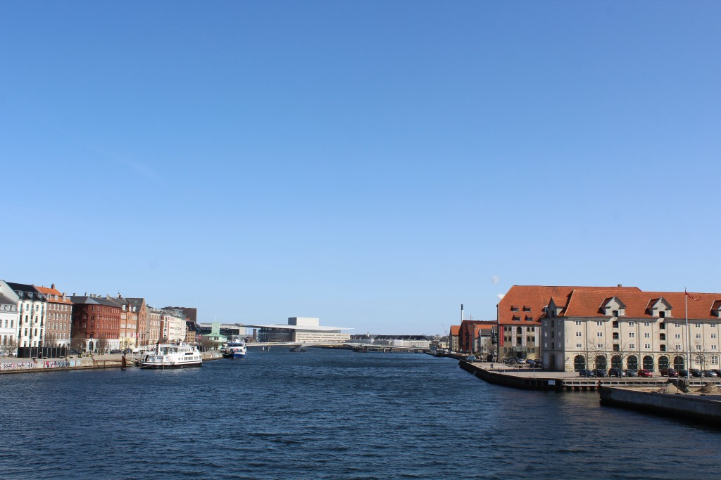 View from Knippels Bridge to Copenhagen Inner Harbour. Photo 11. april 2018 by Erik K Abrahamsen.