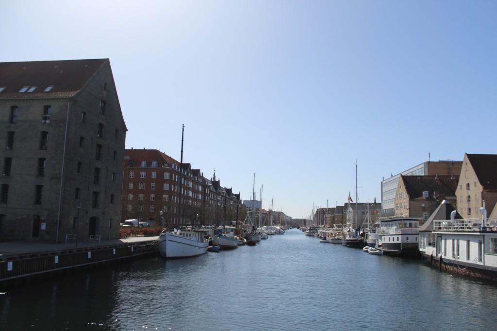 View from new walk- and bike bridge to Christianshavn Kanal.