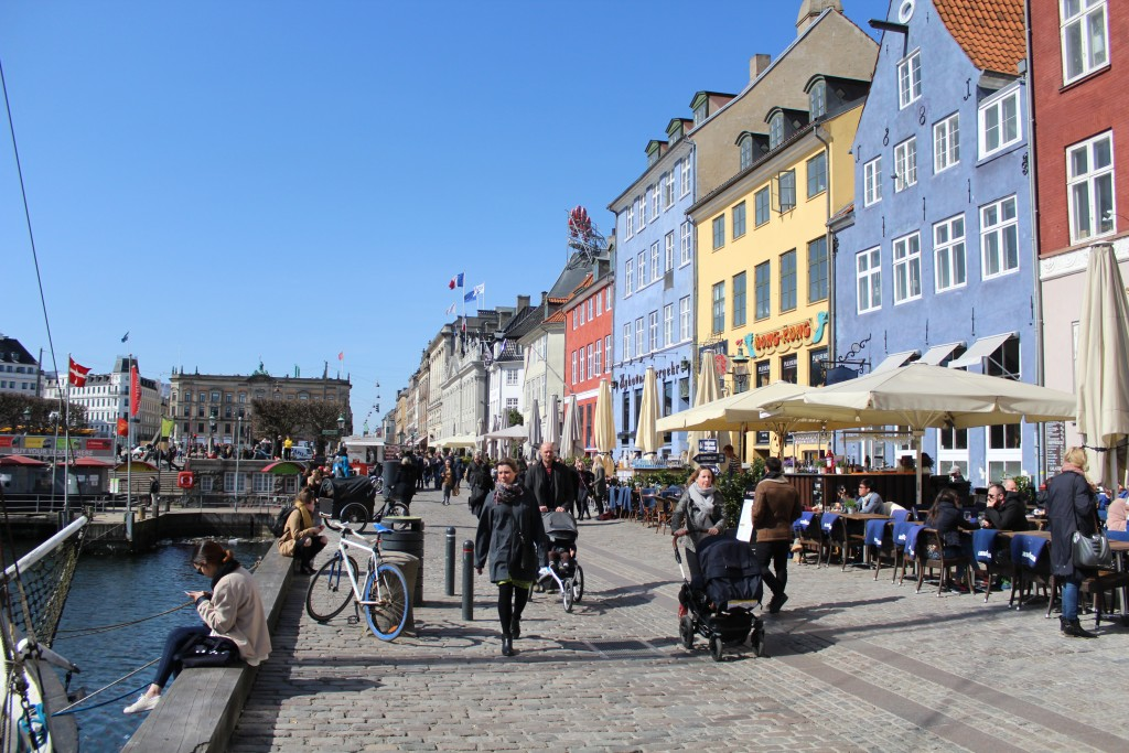 Nyhavn . View in direction north to Kongens Nytorv. Photo 11. april 2018 by Erik k Abrahamsen