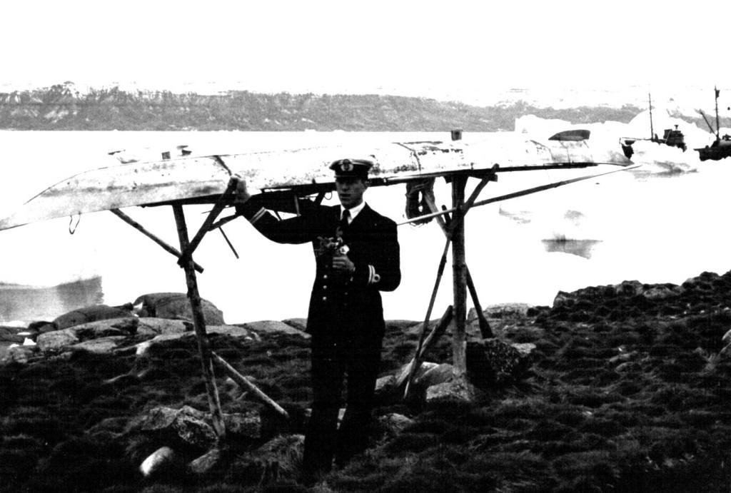 Grønlandsk kajak. Foto 1961.