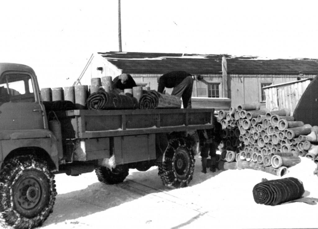 Lastvogn ved Varehuset. Havnen 1962.