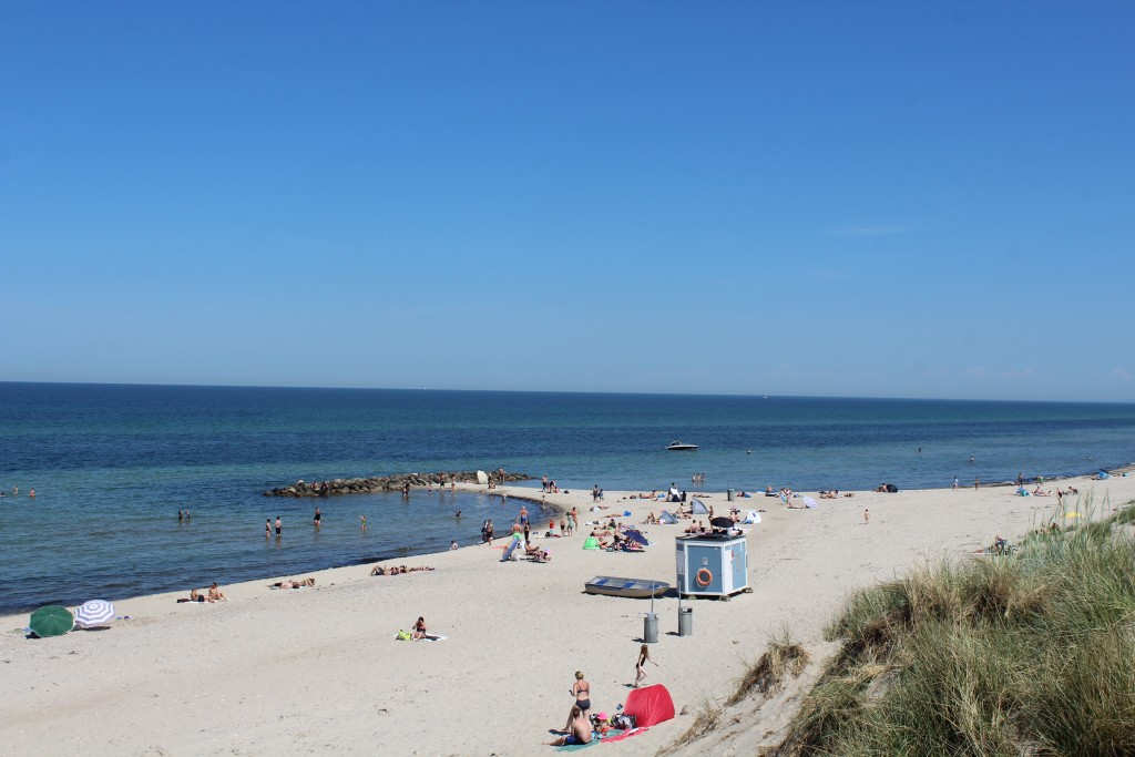 Liseleje Beach. View in direction north to Kattegat Sea. Photo 2. june 2018 by Erik K Abrahamsen