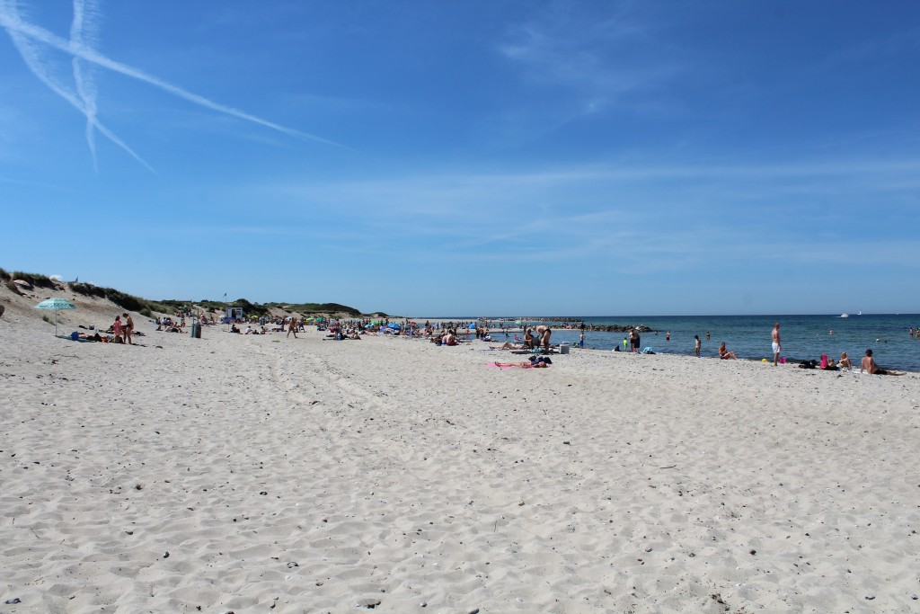 Liseleje beach. View in direction west. Photo 2. june 2018 by erik k abrahamsen