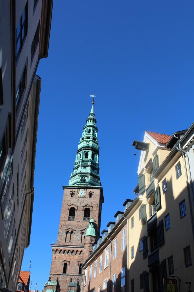 Nikolaj Kirkes Tårn og Pakhus i Nikolajgade. Foto den 12. marts 2015 af Erik K Abrahamsen