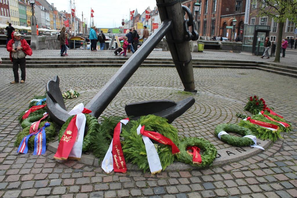 Mindeankeret i Nyhavn til minde om de ca. 2400 danske søfolk som omkom i allieret tjeneste under 2. Verdenskrig 1940-45. Foto den 5. maj 2015 af Erik K Abrahamsen