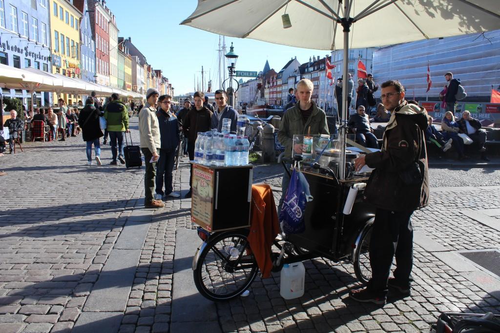 Bike-pancake-street- bakery i Nyhavn, Copenhagen. Photo 12. october 2015 by Erik K Abrahamsen