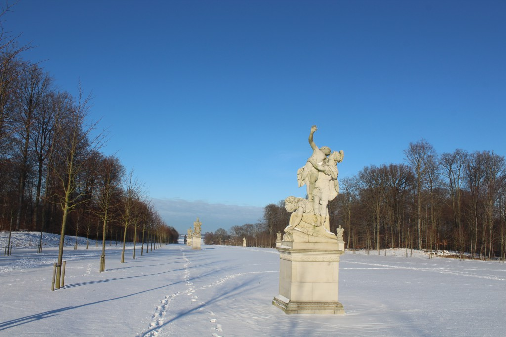 """Sculptor by Wiedewelt 1760-70 in """"Brede Alle"""". View in direction north to Eseum Sea. Photo 22. january 2016 by Erik K Abrahamsen."""