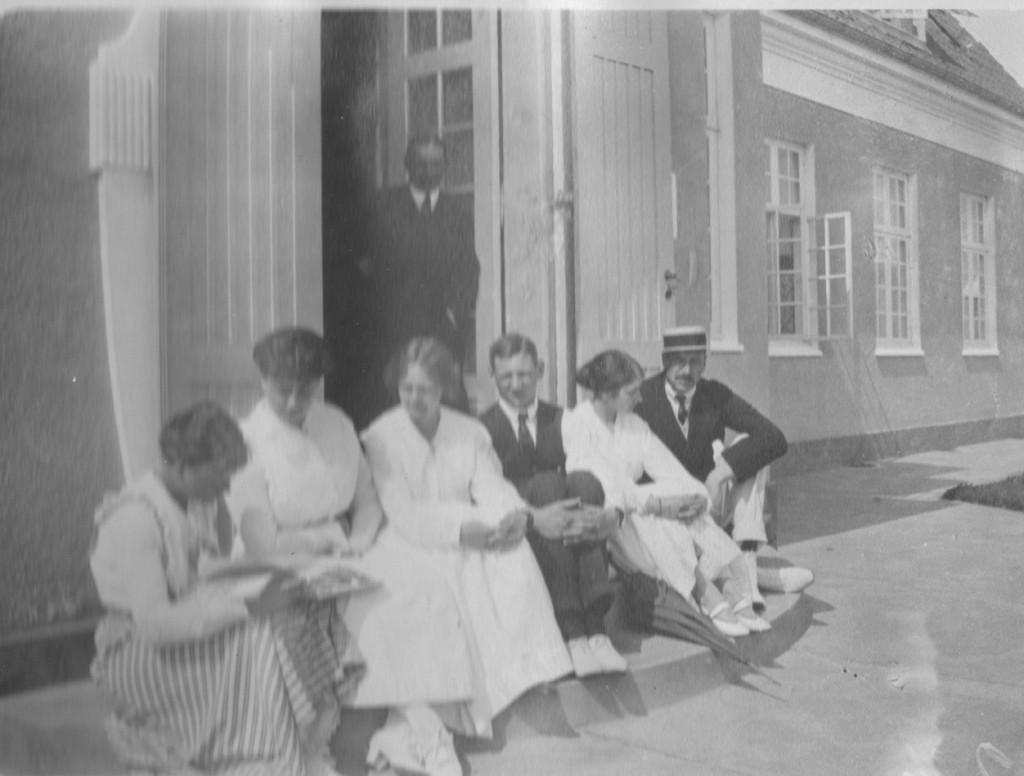 """The Royal Danish family in from of Summer residence """"KLitaarden"""", Skagen"""
