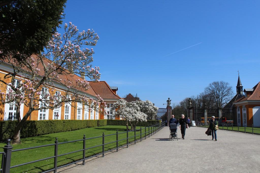 Frederiksverg Garden. Entrance. Photo 2. may 2016 by Erik K Abrahamsen.