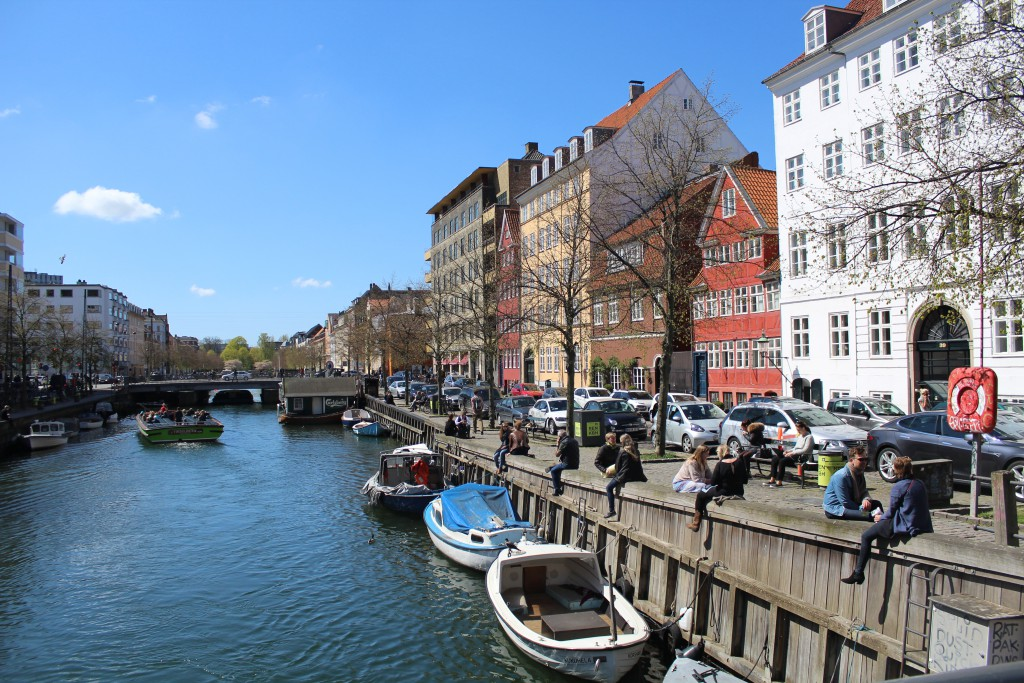Sct. Anna Bridge. View in direction west to Christianshavn Canal, Torvegade Bridge and Christianshavn Square. Pho 4. may by Erik K Abrahamsen