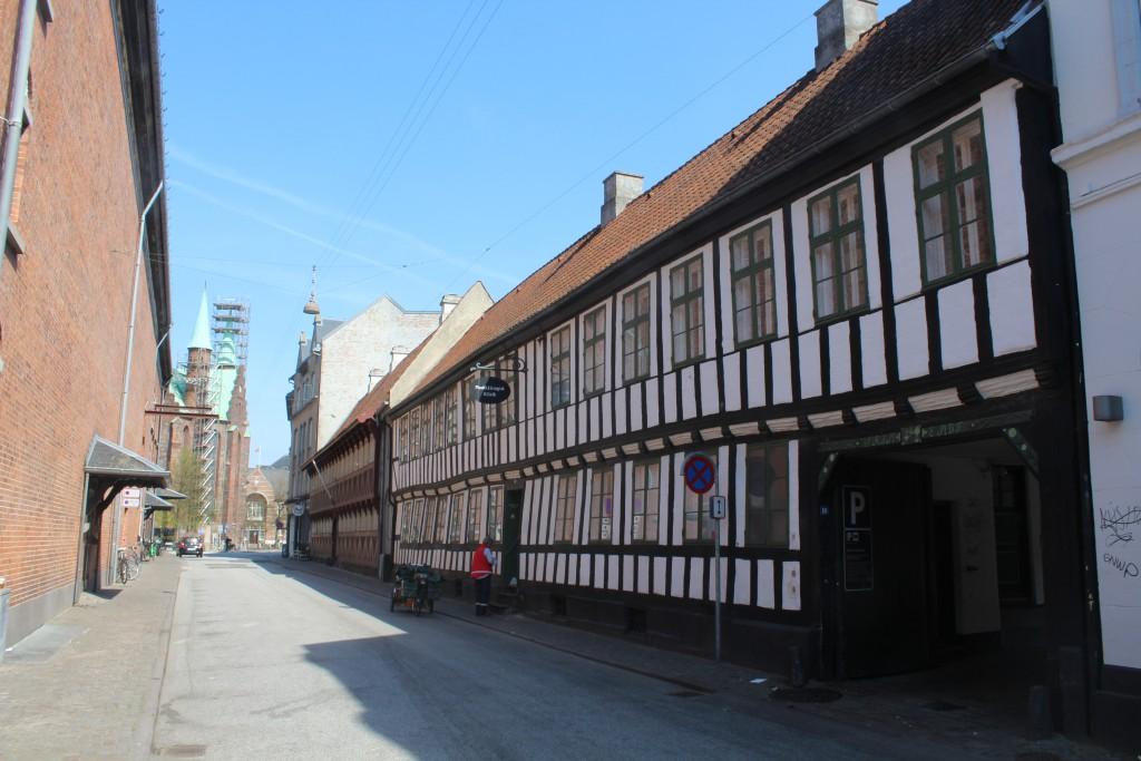 Skolegade as neighbour to