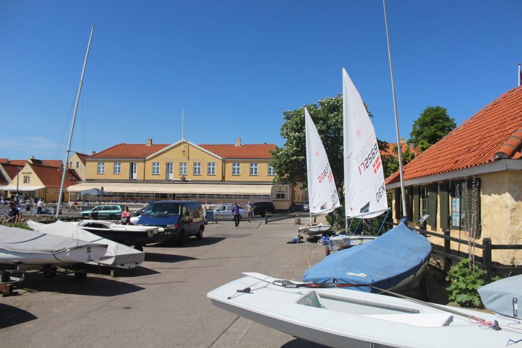 DRagoer Harbour. In background Dragør Strandhotel. Photo 27. may 2016 by Erik K Abrahamsen.