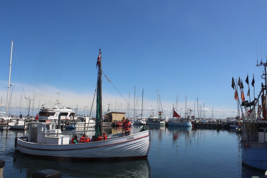 "Dragoer fishing boat ""Elisabeth K571""."
