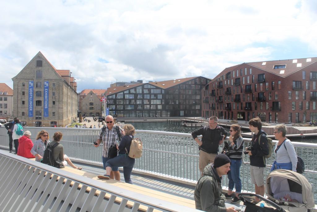 view from top of Inderhavnsbroen in direction sour to Grønlandske Handels Plads. Photo 9. july 2016 by Erik K Abrahamsen.