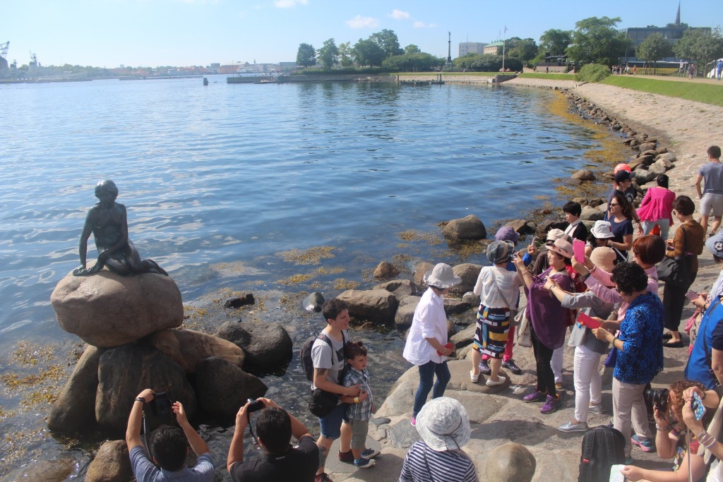 The little Mermaid at entrance to Copenhagen Harbour: Photo in direction west 20. july 2016 by erik
